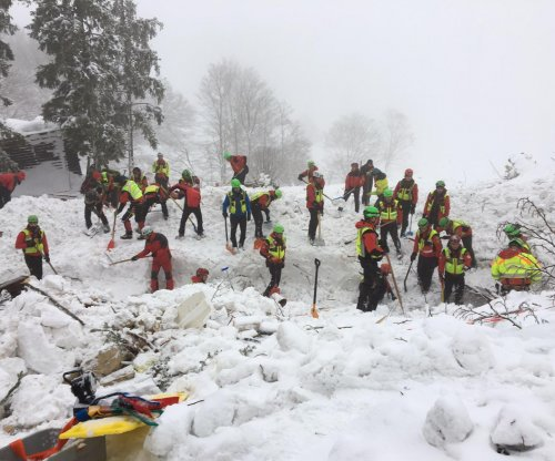 Rescue efforts yield survivors days after Italy hotel avalanche