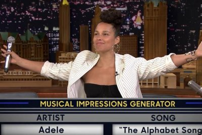 Alicia Keys sings as Gwen Stefani, Adele on 'Tonight Show'