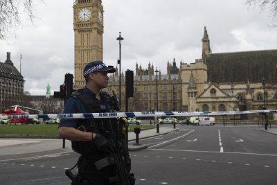 London attack: Man kills 3, injures 40 outside British Parliament