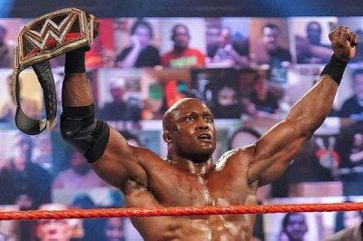WWE Raw: Bobby Lashley becomes WWE Champion