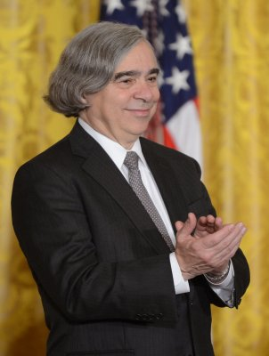 Bipartisan praise heaped on energy chief Moniz