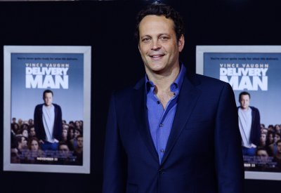 Vince Vaughn, Elisabeth Moss in talks for 'True Detective'