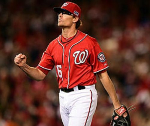 Oakland A's send Escobar to Washington Nationals for Clippard
