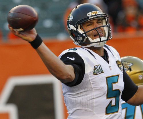 Jaguars QB Blake Bortles sprains throwing shoulder
