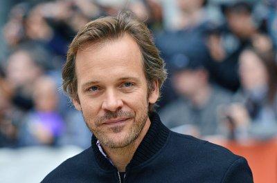 Peter Sarsgaard won't appear in 'Twin Peaks' revival