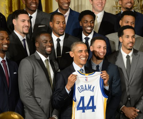 President Obama meets Golden State Warriors, Stephen Curry at the White House