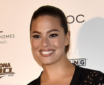 Ashley Graham brushes off Cheryl Tiegs' criticism of her figure