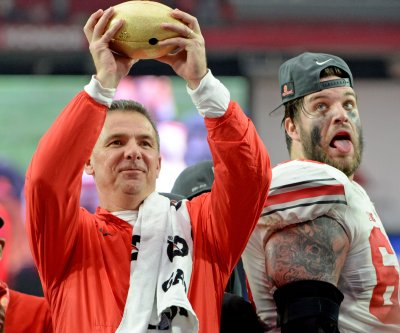 Big Ten: Ohio State coach Urban Meyer molding young squad