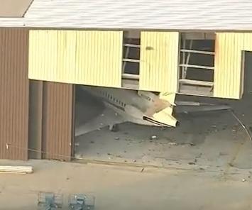10 killed in plane crash at Texas airport - UPI com