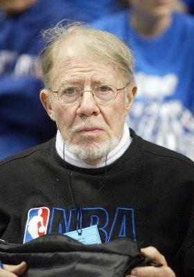Longtime NBA scouting chief Blake dies