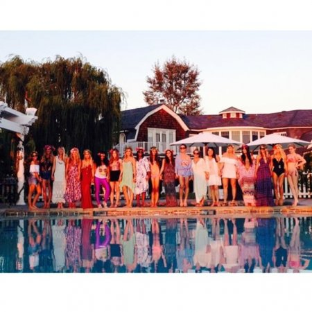 Ashlee Simpson celebrates bridal shower by the pool