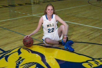 Lauren Hill's cancer won't stop teen from playing basketball