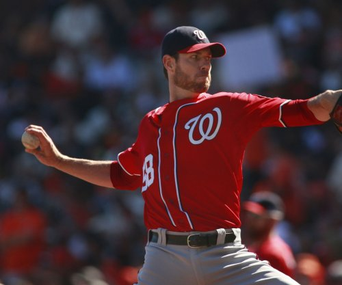Nationals player Doug Fister offers free Starbucks to Twitter followers