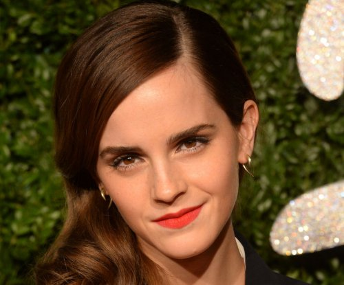 Emma Watson tweets response to rumors claiming she is dating Prince Harry