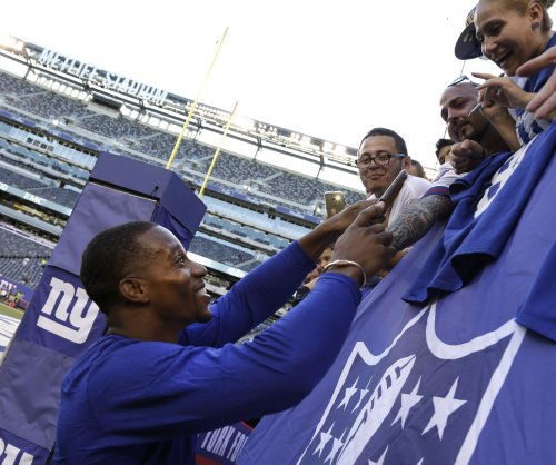 New York Giants WR Victor Cruz cleared to practice