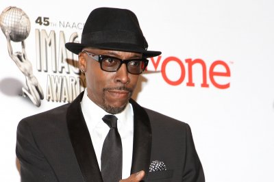 Arsenio Hall sues Sinead O'Connor over claims he supplied Prince with drugs