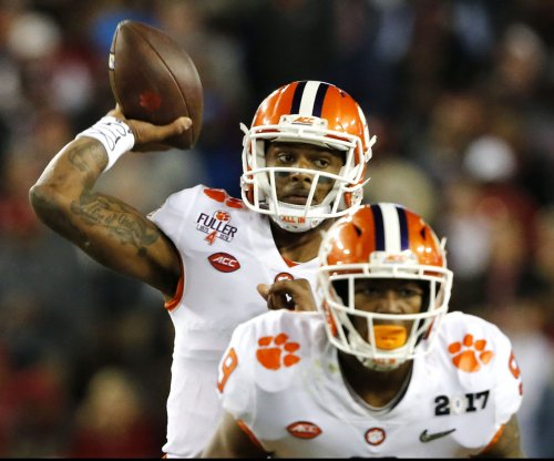 Deshaun Watson excels on the big stage, again