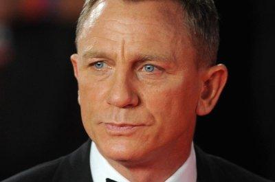 Daniel Craig, Channing Tatum plot NASCAR heist in 'Logan Lucky' trailer
