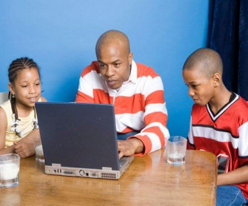 Study suggests older fathers may produce smarter sons