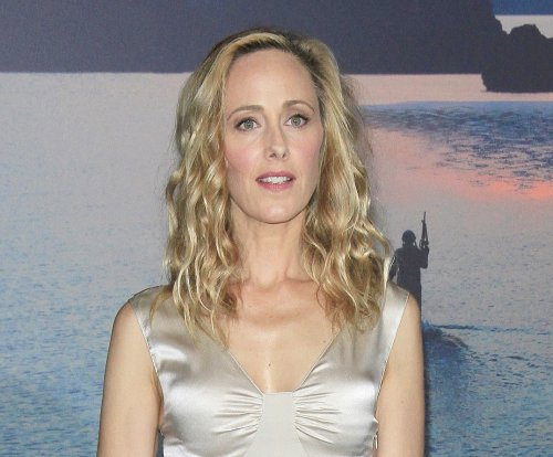 'Grey's Anatomy': Kim Raver to return as series regular