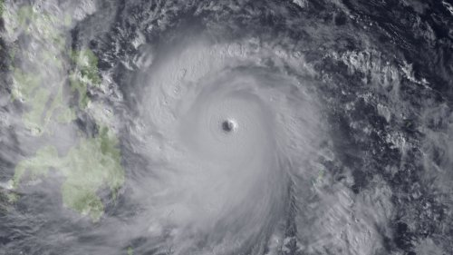 Evacuations widespread as Typhoon Haiyan speeds across Philippines