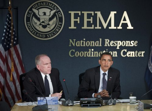 Obama attends hurricane preparedness panel