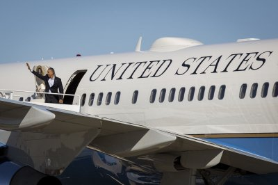 Pentagon selects Boeing plane to replace Air Force One
