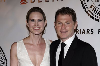 Bobby Flay splits from wife of 10 years