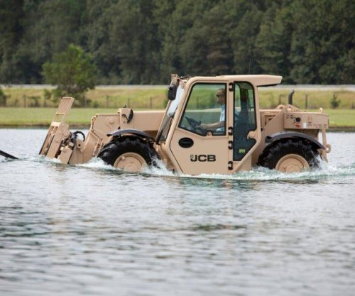 U.S. Army orders rough-terrain forklifts