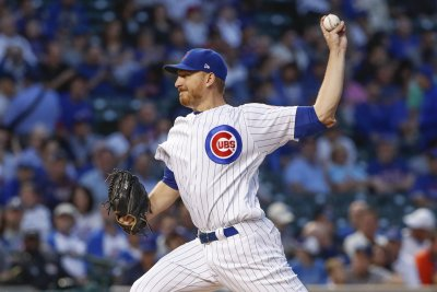 Cubs aim to keep sagging Cardinals at bay