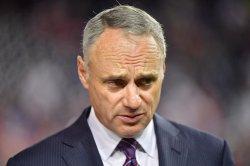MLB, players union mull 2021 season delay, 154 games