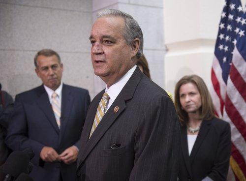 House approves $17B VA deal, sends it to Senate