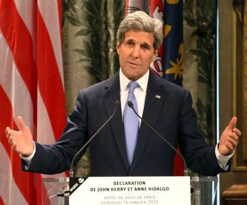John Kerry brushes off snow-shoveling dust-up