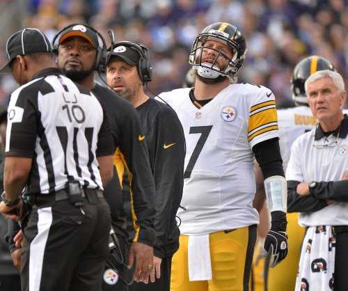 Pittsburgh Steelers' Ben Roethlisberger 'day-to-day' with torn ligaments