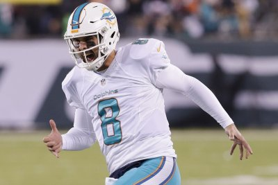 Jau Ajayi, Andrew Franks fuel Miami Dolphins past Buffalo Bills