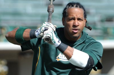 Manny Ramirez belts first home run for Kochi Fighting Dogs in Japan