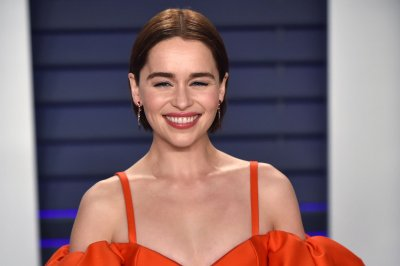 Emilia Clarke falls for Henry Golding in 'Last Christmas' trailer