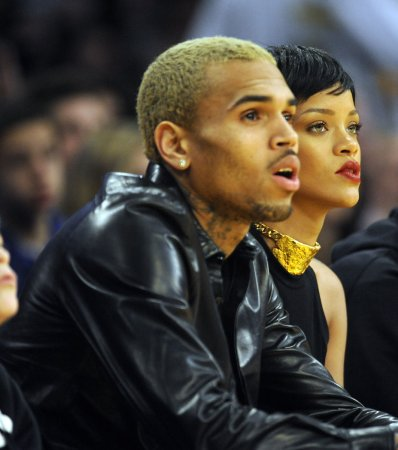 Rihanna, Chris Brown still together, but fighting