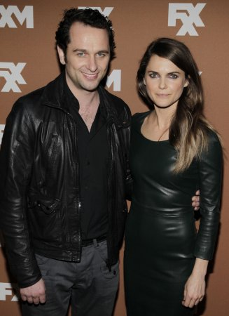 Keri Russell rumored to be dating costar Matthew Rhys