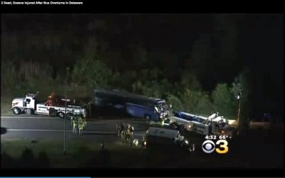 2 killed when a tour bus crashes in Delaware