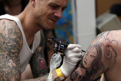 British MI5 won't hire agents with tattoos