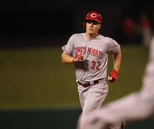 Jay Bruce's RBI triple leads Cincinnati Reds to victory