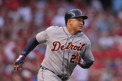 Detroit Tigers power past Chicago White Sox behind Miguel Cabrera, Justin Upton
