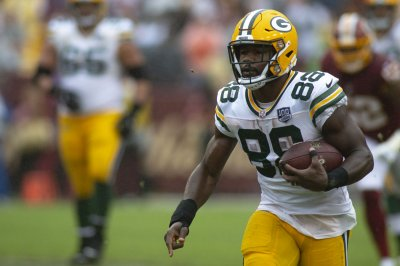 Packers player on Ty Montgomery: 'They told him to take a knee'