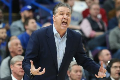 No. 10 Kentucky Wildcats working out kinks, host North Dakota