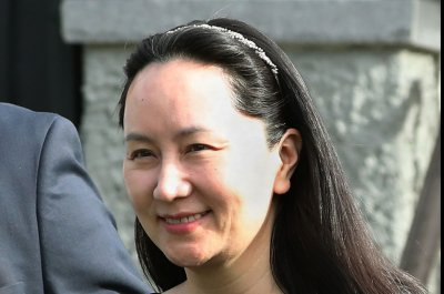 Huawei CFO Meng's lawyers seek stay on U.S. extradition