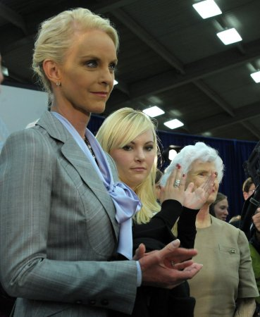 Cindy McCain sells off Sudanese funds
