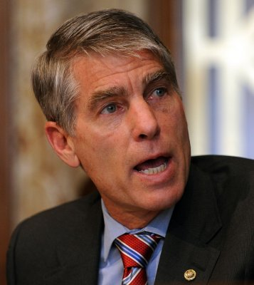 Sen. Mark Udall's brother, James, missing after hiking in Wyoming