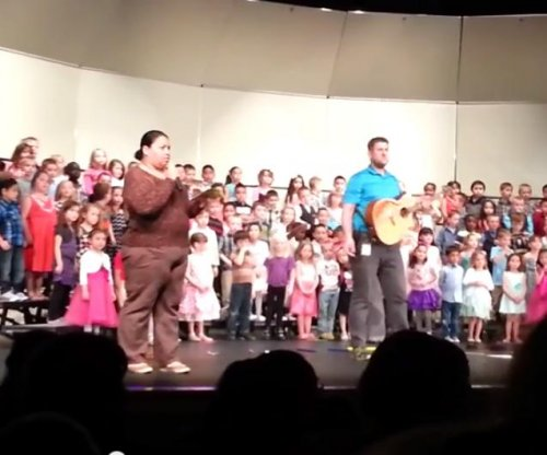 Man interrupts Iowa kindergarten concert with chant, 'English only, U.S.A.'