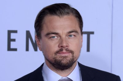 Leonardo DiCaprio calls bear rape rumors 'absurd'